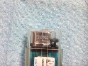 セリアTAIYO製100円ライターをポケトーチに入れた状態