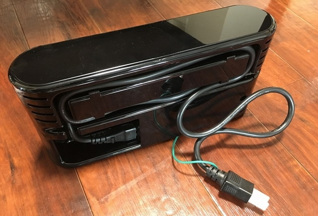 ネイトロボティクス Botvac D8000充電器背面
