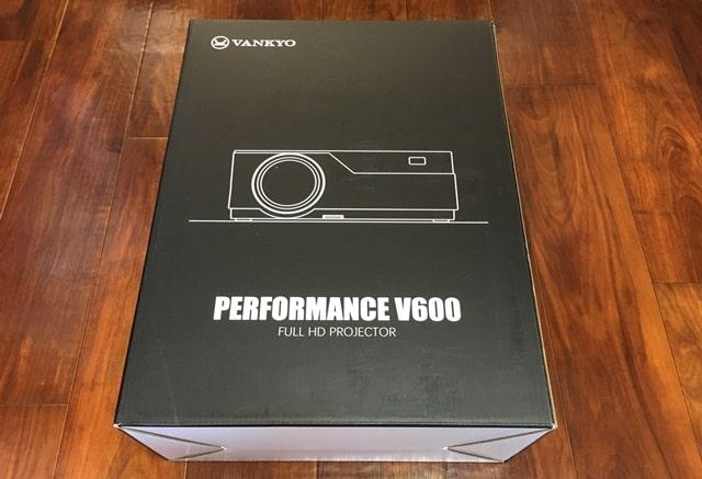 VANKYO V600のパッケージ箱