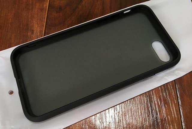 iPhoneSE2専用ケース正面側